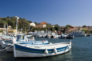 Fischerboote in Porquerolles