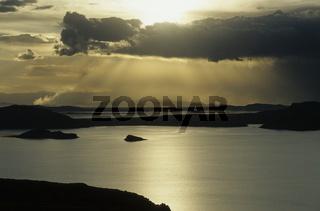 Wolkenstimmung am Titicaca-See