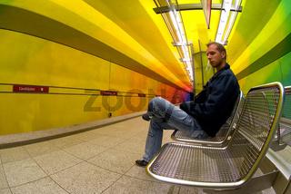 Waiting - Candidplatz München