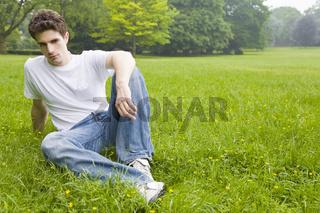 Bequem sitzen im Park
