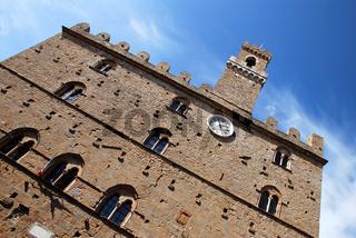 Das Rathaus von Volterra