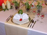 Gedeck für die Braut bei einer Hochzeit