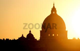Sonnenuntergang - Petersdom - Vatikan