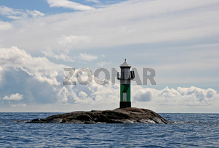 Grünes Seezeichen - green lighthouse