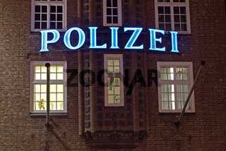 Polizeiwache Davidstraße Nachtaufnahme