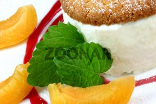 Lizchen's Honig-Semifreddo mit Mandelbiscotti