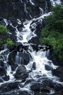 horsetail waterfalls, wasserfaelle, keystone canyon, alaska, usa,