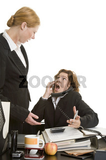 Lautstarker Streit im Büro