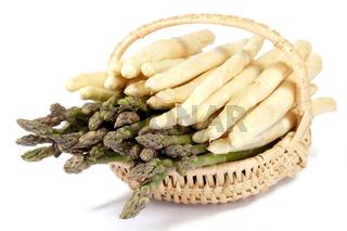 Korb mit weißem und grünem Spargel - Basket of white and green asparagus