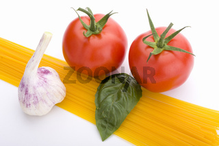 spaghetti, tomato, basil and garlic
