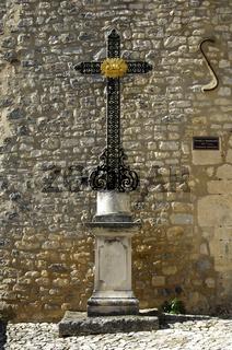 Kreuz am Eingangsportal zur Altstadt, Banon