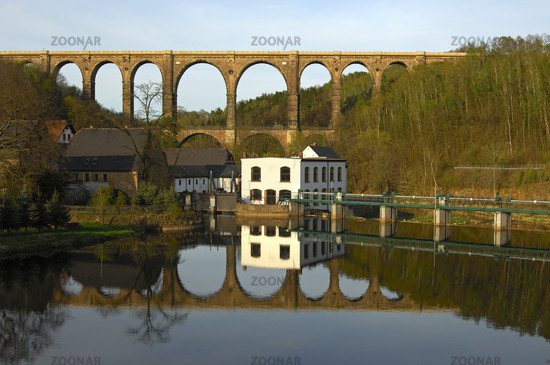 weir, railway viaduct Göhren/ railway bridge