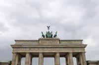 Brandenburger Tor in Berlin im Sommer