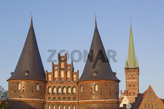 Holstentor (Holstein-Tor), Stadttor der Hansestadt Lübeck, Schleswig-Holstein, Deutschland