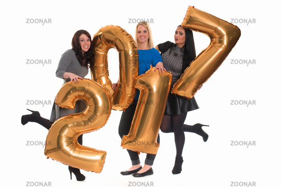 3 girlfriends celebrating new year - silvesterparty 2017