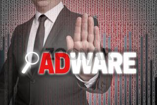 Adware mit Matrix wird von Geschäftsmann gezeigt
