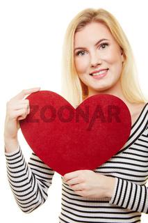 Rotes Herz zum Muttertag oder Valentinstag schenken