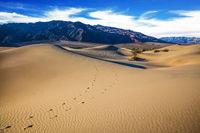 Hot autumn in Death Valley