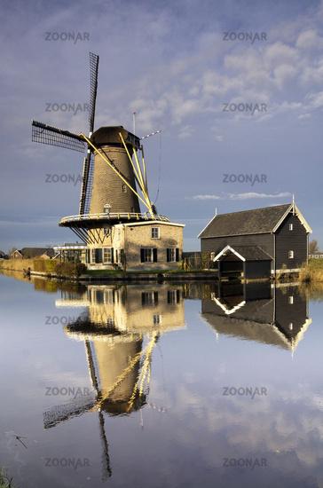 Mill 'de Vriendschap' in Bleskensgraaf