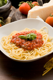 Pasta with tomatoe sauce and ingredients