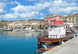 Fischerort Porto Azzurro auf der Insel Elba,Toskana,Mittelmeer,Italien
