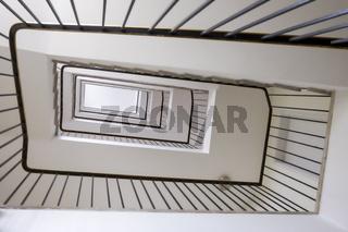 Blick von unten ins Treppenhaus