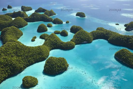 Insel Long Beach in den Rock Islands, Mikronesien, Palau, Long Beach Island at Palau, Micronesia
