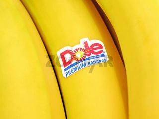Bananen mit Dole Logo / Bananas with Dole Logo