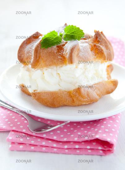 fresh cream puff