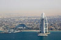 Dubai Burj Al Arab Jumeirah Beach Hotel Luftaufnahme Luftbild