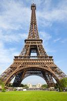 A Triumph of Genius, Paris city of lovers