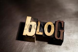 Blog in Holzlettern