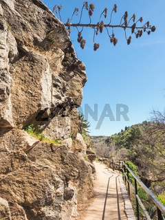 Wanderweg in den Bergen Kastiliens, Spanien