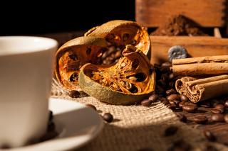 Close-up on dried orange fruit and cinnamon sticks