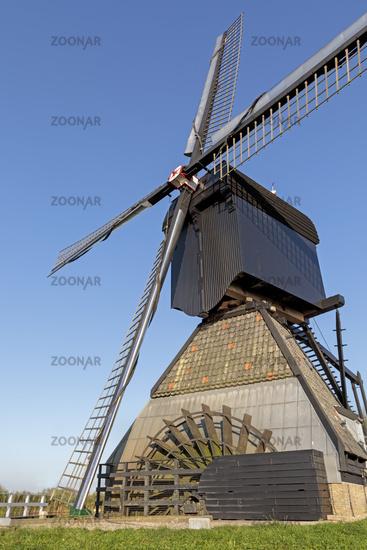 Historic windmills, UNESCO World Heritage Site, Kinderdijk, South Holland, Netherlands, Europe