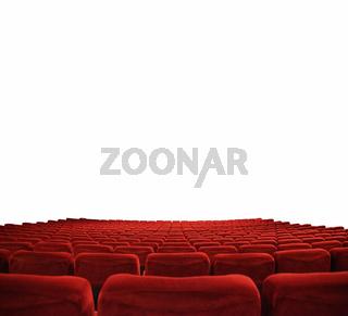 klassischer Kinosaal mit roten Sitzen