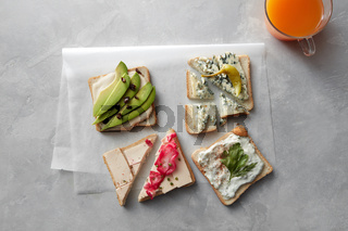 fresh sandwiches with juice