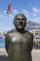 Desmond Tutu, Bronzestatue