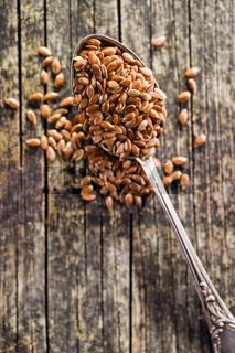 Healthy brown linseed.