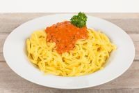 Fettuccine with tomato sauce