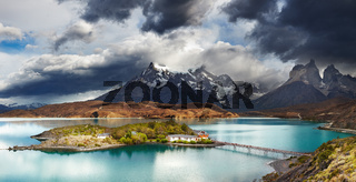 Torres del Paine, Lake Pehoe