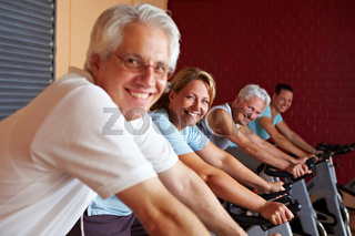 Lachende Spinning-Gruppe