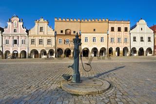Altstadt in Telc, Tschechoslowakei, Europa, - old town in Telc, Czechoslovakia, Europa