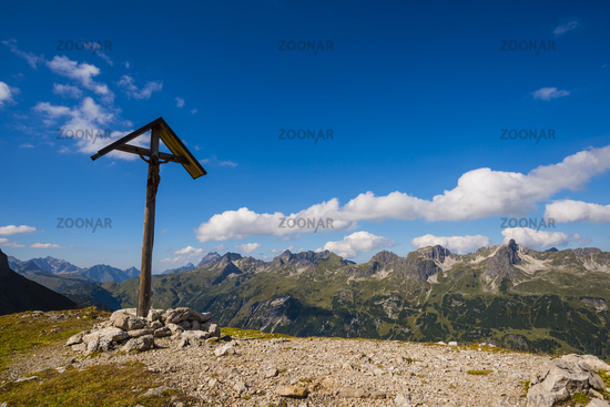 Feldkreuz beim Rappensee, Allgäuer Alpen, Allgäu, Bayern, Deutschland, Europa