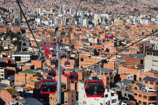 Red line, between stations Cementerio and 16 Julio. Afternoon in La Paz, Bolivia.