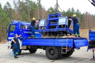 Kranfuehrerpruefung des THW. cran driver test by thw.