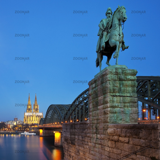 equestrian statue of Kaiser Wilhelm I and Cologne Cathedral in the evening, Cologne, Germany, Europe