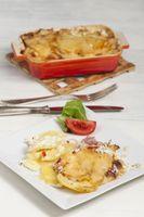Kartoffel-Gratin auf einem Teller