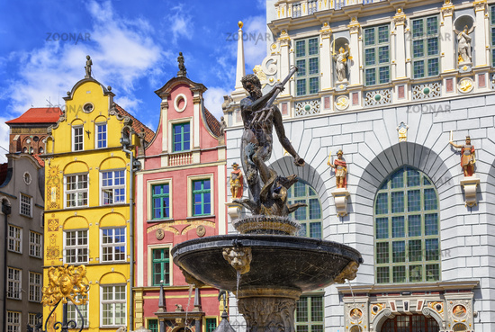 Neptune's Fountain and gothic houses in Gdansk, Poland