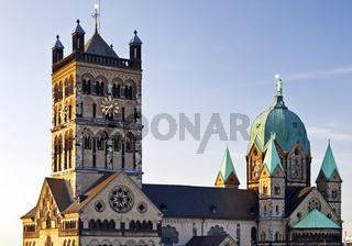 NE_Neuss_Kirche_02.tif
